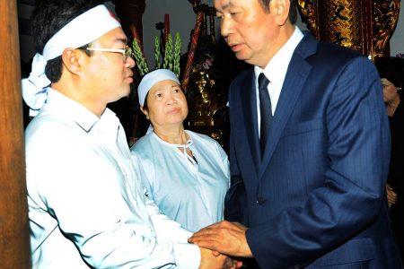 Hình ảnh tang lễ của bà Nguyễn Thị Hường, mẹ nguyên Thủ tướng Nguyễn Tấn Dũng (ảnh: Nhà báo Trương Vũ)