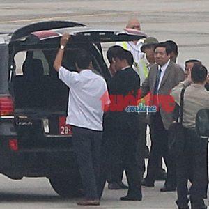 Bộ trưởng Phùng Quang Thanh đến thẳng cơ quan, bắt đầu làm việc từ thứ Hai tới