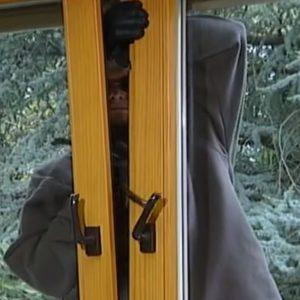 """Đức: Mức kỷ lục về những vụ trộm """"viếng thăm"""" nhà."""