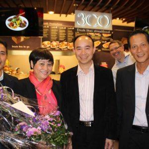 Doanh nghiệp Việt có mặt trong Center lớn nhất Berlin (Ảnh Quỳnh Nga- PV Thời Báo.de )