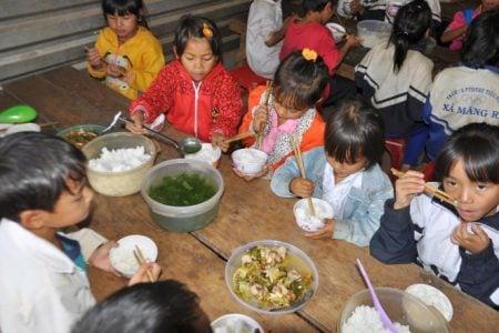 Người Việt thấp hơn Campuchia, lùn gần nhất khu vực