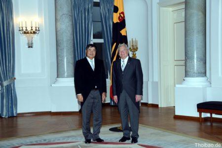 Đại sứ Đoàn Xuân Hưng trình Quốc thư và nghi thức lễ tân ngoại giao của Đức