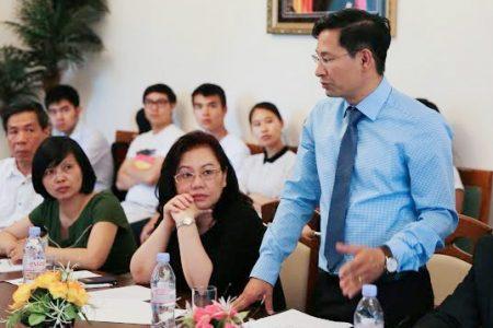 """TS. Nguyễn Phúc Hiền – """"Người truyền lửa"""" cho phong trào DHS Việt tại Đức"""