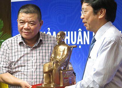 VN-Index 'sập sàn', nhà đầu tư tại Việt Nam mất 8 tỷ USD trong một ngày