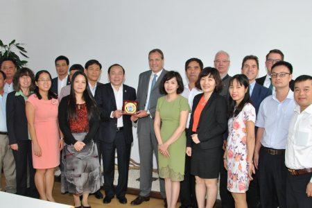 Đoàn đại biểu Liên minh Hợp tác xã Việt Nam tìm hiểu kinh nghiệm và thực tiễn ở Đức