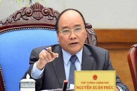 Vietnams Premierminister Nguyễn Xuân Phúc holt sich Meinungen zur Umsetzung des umstrittenen neuen Cybersicherheitsgesetzes ein
