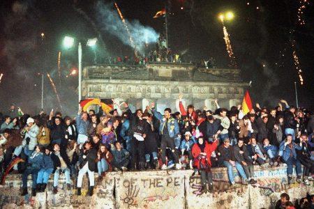 Tại sao nước Đức không lấy ngày 9/11 làm Ngày thống nhất?