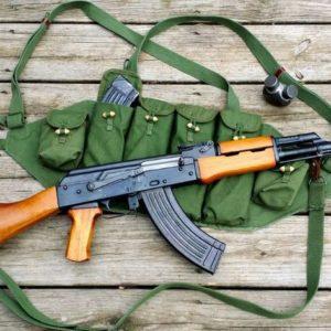 Đức: Bắt giữ ba kẻ tình nghi khủng bố sau khi phát hiện súng AK và đạn