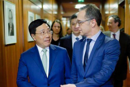 Bộ trưởng Ngoại giao Đức Heiko Maas trao đổi thẳng với Bộ Trưởng Phạm Bình Minh về vụ bắt cóc Trịnh Xuân Thanh