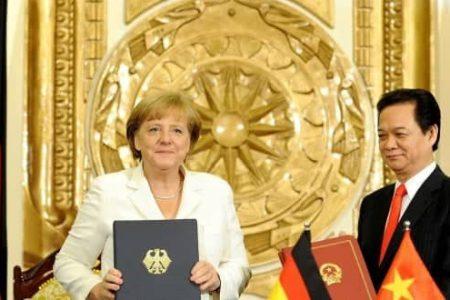 Đức tiếp tục đình chỉ Hiệp định miễn visa cho người mang hộ chiếu ngoại giao Việt Nam