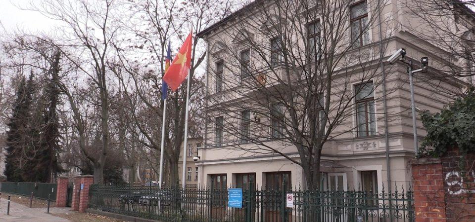 """Tour du lịch """"Hành trình bắt cóc Trịnh Xuân Thanh"""" được khai trương ngay khi Bộ trưởng Nguyễn Chí Dũng đặt chân đến Berlin"""