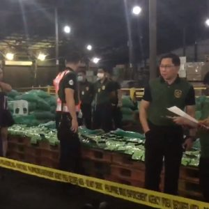 Filipino customs find nearly 300kg of drugs on a ship coming from Ho Chi Minh City