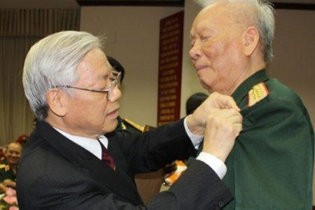 Chiều 22.4: Tổng bí thư, CT nước Nguyễn Phú Trọng sức khỏe đã ổn định hơn. Đại tướng Lê Đức Anh yếu nhiều