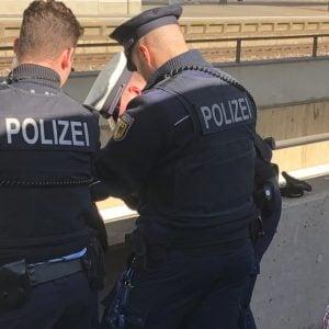 Đức: Thanh niên Việt Nam sa lưới cảnh sát – Không hộ chiếu, nhưng có cần sa và ma túy đá trong quần lót