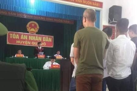 Hà Văn Nam và 6 tài xế bị kết án tù vì chống BOT bẩn