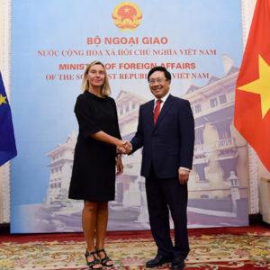 Tình hình Biển Đông nguy cấp – Bộ Chính trị bỏ Trung Quốc liên kết với châu Âu?