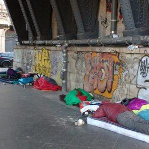 """Có đúng là """"nửa triệu người Đức vô gia cư sống lang thang trên các đường phố"""" như Thông tấn xã Việt Nam đưa tin?"""