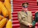 Đến Hà Nội, Thượng tướng xin ngô – Gặp Cu Ba, Việt Nam chỉ cách
