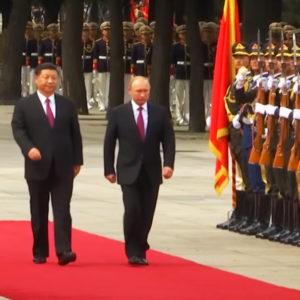 Mời Nga Mỹ, Việt Nam chia phần biển – Đuổi Bắc Kinh, Hà Nội chịu bảo kê