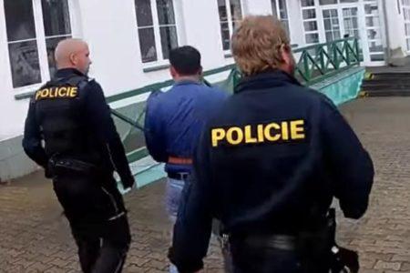 Đức và Séc bắt được nghi phạm Việt Nam giết người sau gần 1/4 thế kỷ – Lẫn trốn ở Praha với danh tính mới