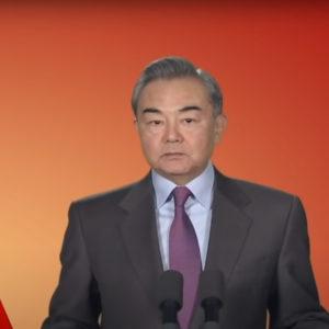 Trung Quốc tức giận vì bị chỉ trích – cắt luôn sóng trận Arsenal-ManCity
