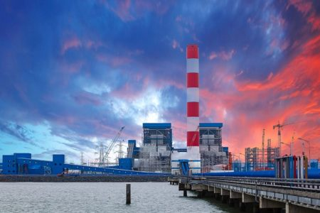 """Nhà máy điện than làm tăng thêm 20 ngàn """"cái chết sớm"""" ở Việt Nam vào năm 2030"""