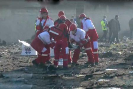 Iran: máy bay rơi sau hai phút cất cánh, 176 người chết