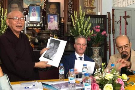 Hội Đồng Liên Tôn Việt Nam gặp gỡ phái đoàn quốc tế tại Chùa Giác Hoa, Sài gòn, Việt Nam
