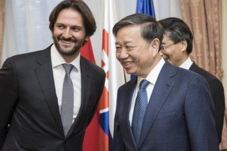 Nguyễn Phú Trọng phản đối vụ trục xuất của Slovakia vì bắt cóc Trịnh Xuân Thanh
