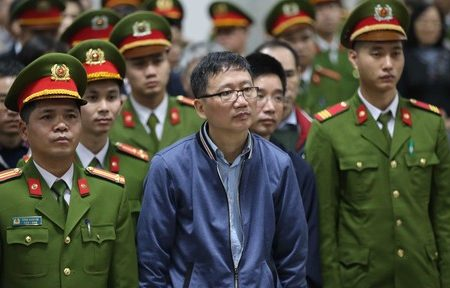 Startled, Phu Trong protests deportation of Vietnamese diplomat involving in abducting Trinh Xuan Thanh