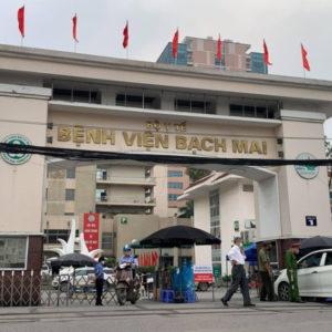 """Bác Sĩ Hà nội cảnh báo """"âm tính giả"""" trong khi Việt Nam chống dịch dựa vào quyết tâm chính trị?"""