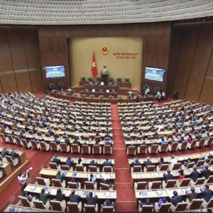 "Lacking Knowledgement, Vietnamese Communist leadership is put in difficulties by ""experts"""