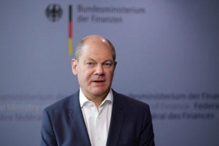 Những người hành nghề tự lập tại Đức phải làm gì để có thể nhận được tiền cứu trợ virus corona