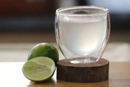 Sai lầm khi tưởng uống nước, tắm nóng và ăn tỏi chống được virus Cúm Vũ Hán