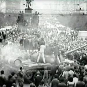 Czech demolishes Soviet Marshal- Nghe An builds statue of Lenin in Vinh's center