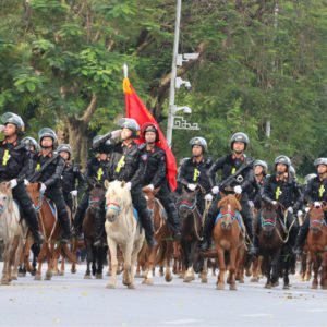 Taking horses to Ba Dinh square, To Lam smears Ho Chi Minh's mausoleum