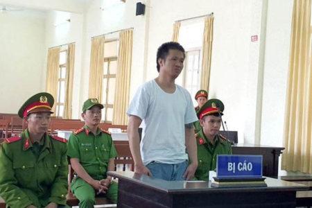 Toà án Việt Nam kết án Facebooker Nguyễn Quốc Đức Vượng 8 năm tù