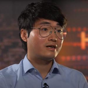 Dân chủ Hồng Kông: Mỹ bảo vệ – Trung Quốc lùng bắt