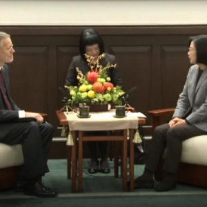 """Trung Quốc """"nổi đóa"""" khi quan hệ Mỹ – Đài thêm khăng khít"""