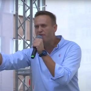 Thủ tướng Đức nói Navalny – đối thủ của Putin bị đầu độc bằng chất độc thần kinh Novichok