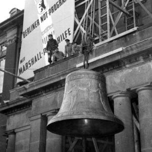 Ngày 24-10-1950: Âm thanh của tự do
