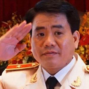"""Đảng xử nhau trước Đại hội – Nguyễn Đức Chung lên """"đoạn đầu đài"""""""