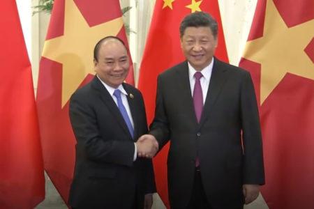 Việt Nam trước Đại hội Đảng: Yếu tố Trung Quốc và lá bài Hoa Kỳ