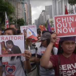 Âu – Mỹ cần nói không với « ngoại giao chiến lang » Trung Quốc