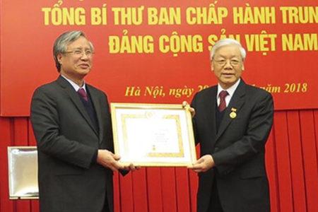 Quyết chiến tay ba, Nguyễn Phú Trọng đại thắng