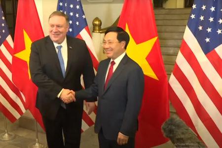 Hoa Kỳ tiếp tục mạnh tay với Trung Quốc, Việt Nam được lợi gì?