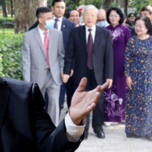 Nguyễn Phú Trọng tham quyền cố vị hay còn lý do nào khác?