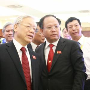 """Không """"gãi ngứa"""" được Lê Thanh Hải, Nguyễn Phú Trọng đem Tất Thành Cang ra trút giận"""