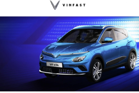 Expert: VinFast uses Vietnamese to run its electric car's trial but aims to sell in US