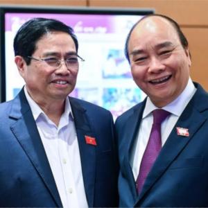 Kẹt giữa Phạm Minh Chính và Nguyễn Phú Trọng. Nguyễn Xuân Phúc trên đe dưới búa?